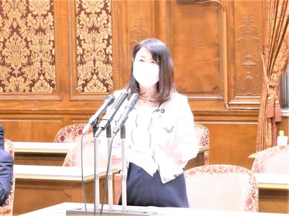 内閣委員会で政府の新型コロナ対策に関して質疑